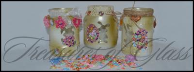 Комплект свещници Великденски зайчета