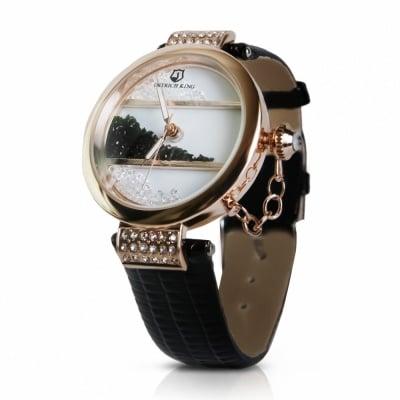 Дамски кожен часовник Crystals
