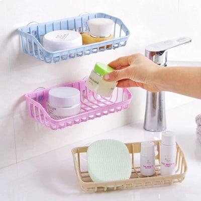 Практична поставка за мивка